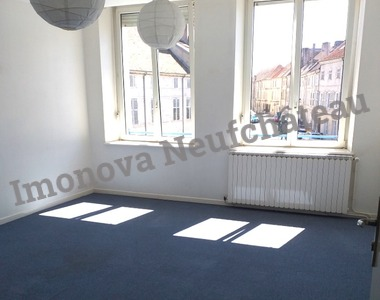 Location Appartement 1 pièce 27m² Neufchâteau (88300) - photo