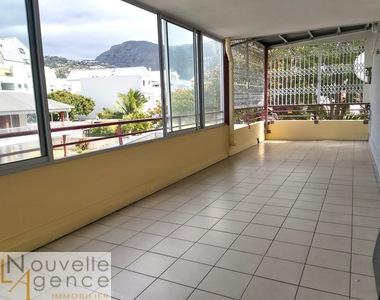 Location Appartement 5 pièces 94m² Saint-Denis (97400) - photo