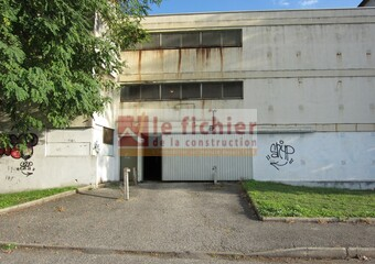 Location Garage 12m² Le Pont-de-Claix (38800) - Photo 1